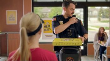 Hungry Howie's Stuffed Flavored Crust Pizza TV Spot, 'Mall Cop'