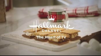 JCPenney TV Spot, 'Hallmark Channel: Holidays: Countdown to Christmas' Featuring Danica McKellar - Thumbnail 8