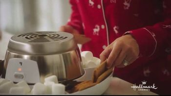 JCPenney TV Spot, 'Hallmark Channel: Holidays: Countdown to Christmas' Featuring Danica McKellar - Thumbnail 5