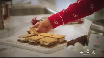 JCPenney TV Spot, 'Hallmark Channel: Holidays: Countdown to Christmas' Featuring Danica McKellar - Thumbnail 6