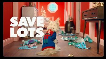 Big Lots TV Spot, 'Ho Ho Whoa: Slippers' - Thumbnail 5