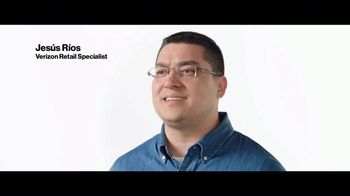 Verizon TV Spot, 'We're Online 24/7' - Thumbnail 5