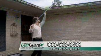 LeafGuard of Oregon Spring Blowout Sale TV Spot, 'Spring Showers' - Thumbnail 9