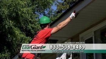LeafGuard of Oregon Spring Blowout Sale TV Spot, 'Spring Showers' - Thumbnail 5