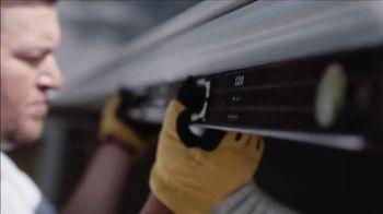 Midwest LeafGuard TV Spot, 'Climbing the Ladder' - Thumbnail 6