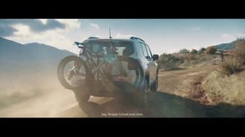Jeep Celebration Event TV Spot, 'Seize the Day' Song by Old Dominion [T2] - Thumbnail 4