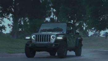 Jeep TV Spot, 'La tormenta' canción de Sam Tinnesz [Spanish] [T2] - Thumbnail 5