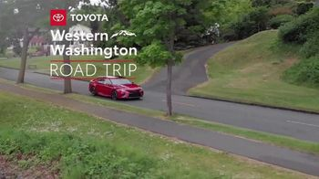 2020 Toyota Camry TV Spot, 'Road Trip: Seafood' Featuring Danielle Demski, Ethan Erickson [T2] - Thumbnail 1