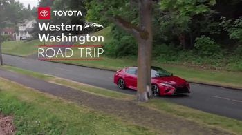 2020 Toyota Camry TV Spot, 'Road Trip: Seafood' Featuring Danielle Demski, Ethan Erickson [T2] - Thumbnail 2