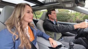 2020 Toyota Camry TV Spot, 'Road Trip: Seafood' Featuring Danielle Demski, Ethan Erickson [T2] - Thumbnail 3