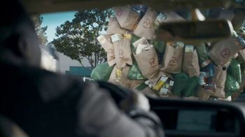 Shipt TV Spot, 'Over-Delivering Delivery: Groceries' - Thumbnail 2