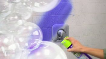 Kaboom Foam-Tastic with OxiClean TV Spot, 'Sprays on Blue' - Thumbnail 3