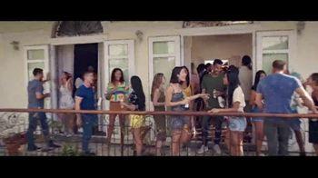 Corona Hard Seltzer TV Spot, 'Para buenos momentos en todas partes' canción de Pete Rodriguez [Spanish]