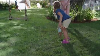 Scotts Turf Builder Thick'r Lawn TV Spot, 'Worn Down Lawn' - Thumbnail 8