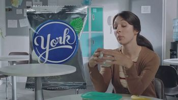 YORK Peppermint Pattie TV Spot, 'Tammy: York Mode: YORK THiNS'