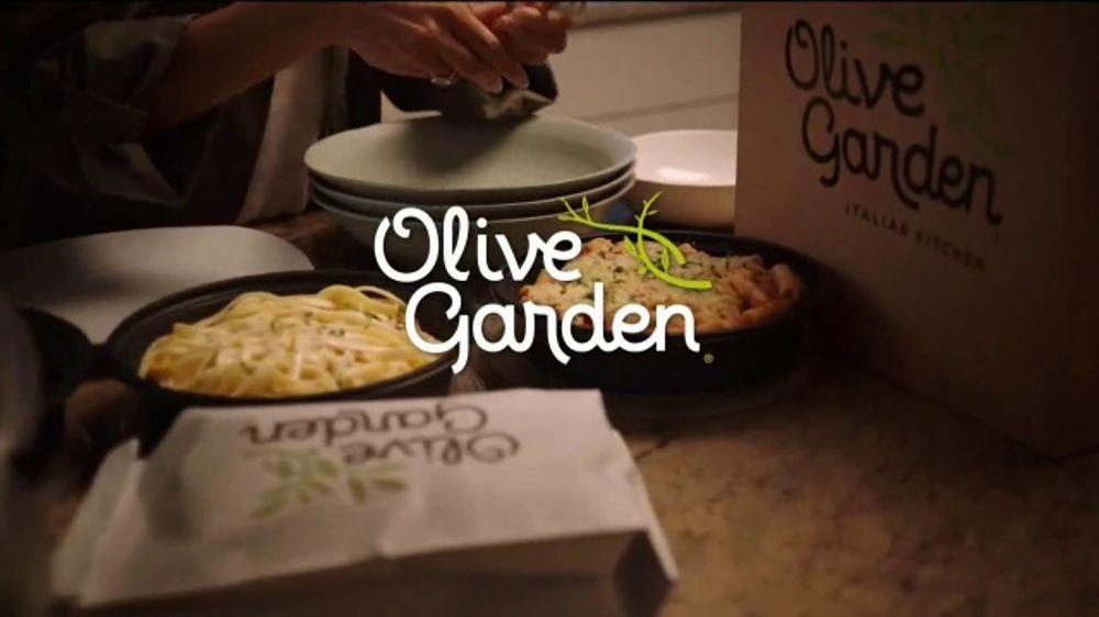 Olive Garden ToGo TV Commercial, 'La noche en casa'