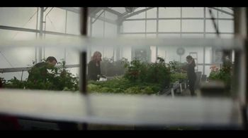 Miracle-Gro Performance Organics TV Spot, 'Finally, Organics That Work' - Thumbnail 1