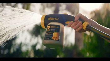 Miracle-Gro Performance Organics TV Spot, 'Finally, Organics That Work' - Thumbnail 4
