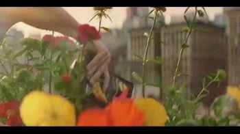 Miracle-Gro Performance Organics TV Spot, 'Finally, Organics That Work' - Thumbnail 7