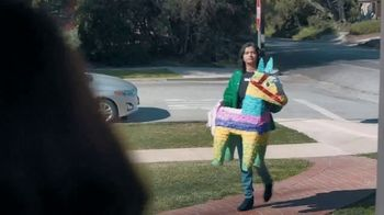 Shipt TV Spot, 'Over-Delivering Delivery: Birthday' - Thumbnail 6