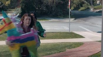 Shipt TV Spot, 'Over-Delivering Delivery: Birthday' - Thumbnail 8