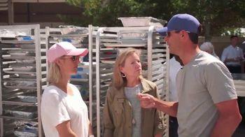 PGA TOUR TV Spot, 'Feeding Those in Need' Featuring Billy Horschel - Thumbnail 7