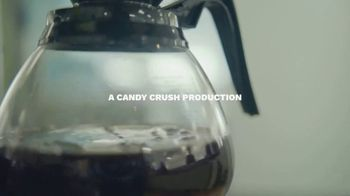 Candy Crush TV Spot, 'The Office' - Thumbnail 1