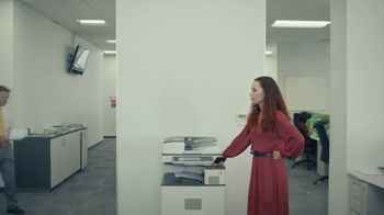 Candy Crush TV Spot, 'The Office' - Thumbnail 6