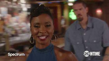 Spectrum TV Spot, 'Showtime: Shameless' Featuring Shanola Hampton, Steve Howey - Thumbnail 3