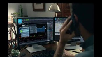 Charles Schwab TV Spot, 'Blind Spots: Online Stock, ETF and Options Comissions' - Thumbnail 5