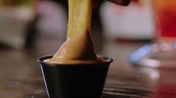 Red Robin Bottomless Steak Fries TV Spot, 'Sin fondo' [Spanish] - Thumbnail 5