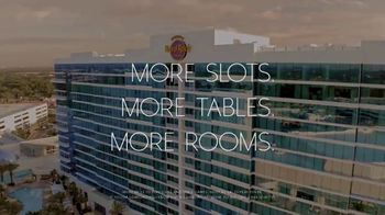 Hard Rock Hotels & Casinos Tampa TV Spot, 'Shuffle Your Life' Song by Club Yoko - Thumbnail 9