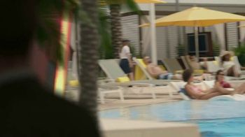 Hard Rock Hotels & Casinos Tampa TV Spot, 'Shuffle Your Life' Song by Club Yoko - Thumbnail 5