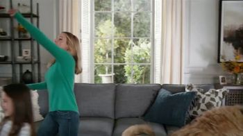 La-Z-Boy Double Discount Days TV Spot, 'Not Surprised by Much' Featuring Kristen Bell - Thumbnail 2
