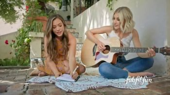 FabFitFun.com TV Spot, 'A Gift From Me to Me' Featuring Maddie & Tae - Thumbnail 5
