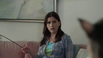 GEICO Renters Insurance TV Spot, 'A Witch for a Third Roommate' - Thumbnail 9