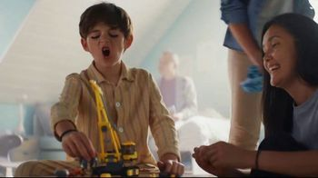 LEGO TV Spot, 'Rebuild the World: Construction' - Thumbnail 7