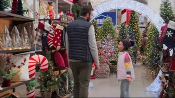 Lowe's Black Friday Deals TV Spot, 'The Right Tree: Artificial Christmas Trees' - Thumbnail 2