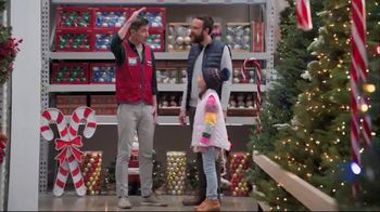 Lowe's Black Friday Deals TV Spot, 'The Right Tree: Artificial Christmas Trees' - Thumbnail 3
