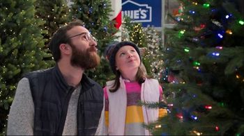 Lowe's Black Friday Deals TV Spot, 'The Right Tree: Artificial Christmas Trees'