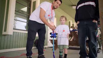 Novartis TV Spot, 'Differences Not Disabilities: Moving Past Psoriasis' - Thumbnail 4