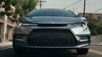 2020 Toyota Corolla TV Spot, 'The Pack' Song by Alex Britten, AX UX [T1] - Thumbnail 3