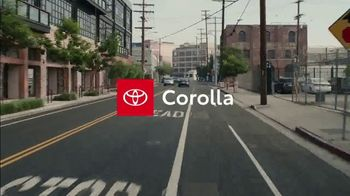 2020 Toyota Corolla TV Spot, 'The Pack' Song by Alex Britten, AX UX [T1] - Thumbnail 9