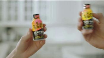 5-Hour Energy TV Spot, 'Two Tropical Tastes, One Tropical Experience' - Thumbnail 5