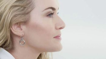 Lancôme Paris Rénergie Lift Multi-Action Ultra TV Spot, 'Confidence' Featuring Kate Winslet