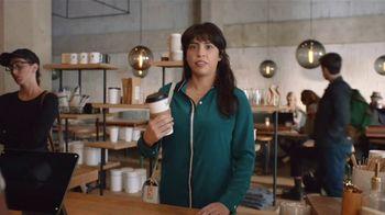 Snickers TV Spot, '#SnickersFixTheWorld: Coffee Name' con Luis Guzmán [Spanish] - Thumbnail 5