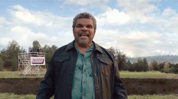 Snickers TV Spot, '#SnickersFixTheWorld: Coffee Name' con Luis Guzmán [Spanish] - Thumbnail 8