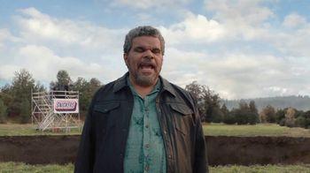 Snickers TV Spot, '#SnickersFixedTheWorld: Online Date' Featuring Luis Guzmán - Thumbnail 1
