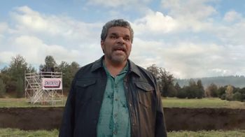 Snickers TV Spot, '#SnickersFixTheWorld: Chancellor' Featuring Luis Guzmán - Thumbnail 1