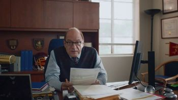 Snickers TV Spot, '#SnickersFixTheWorld: Chancellor' Featuring Luis Guzmán - Thumbnail 5